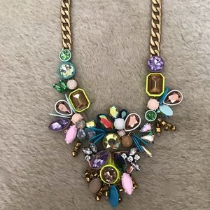 J.CREW CRYSTAL STATEMENT NECKLACE MULTI E3549